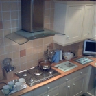Fitted kitchen with tiling (Tower bridge)